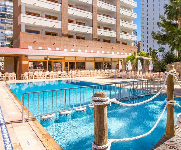 erapark-servicios-piscina.jpg